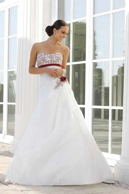 Weddingdresses and wedding gowns by Ladybird 32087 iv burgundy si.jpg